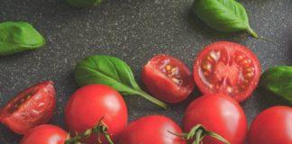 basil-tomato-relish
